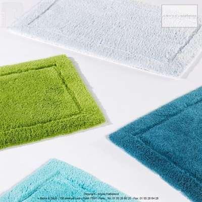 Tapis et serviettes pour la salle de bains